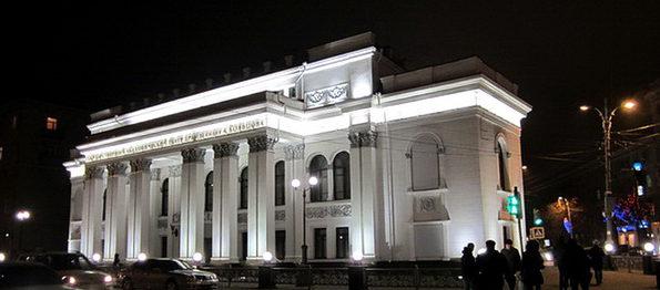 10 октября на сцене Кольцовского театра стартуют гастроли Курского государственного драматического театра имени А.С. Пушкина