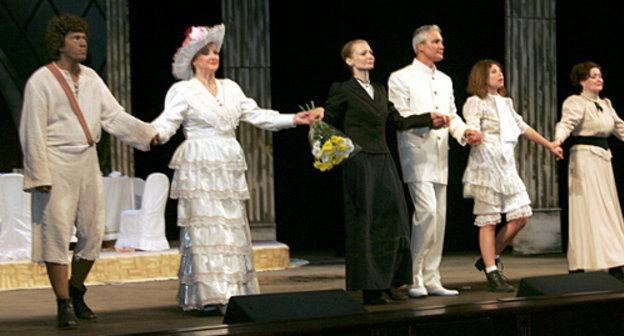 «Большие гастроли» Академического русского театра имени Вахтангова начались в Петрозаводске
