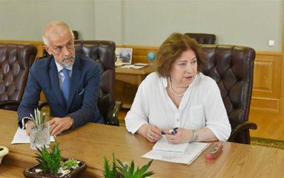 На встрече с губернатором Брянской области театральные деятели рассказали о «Больших гастролях»
