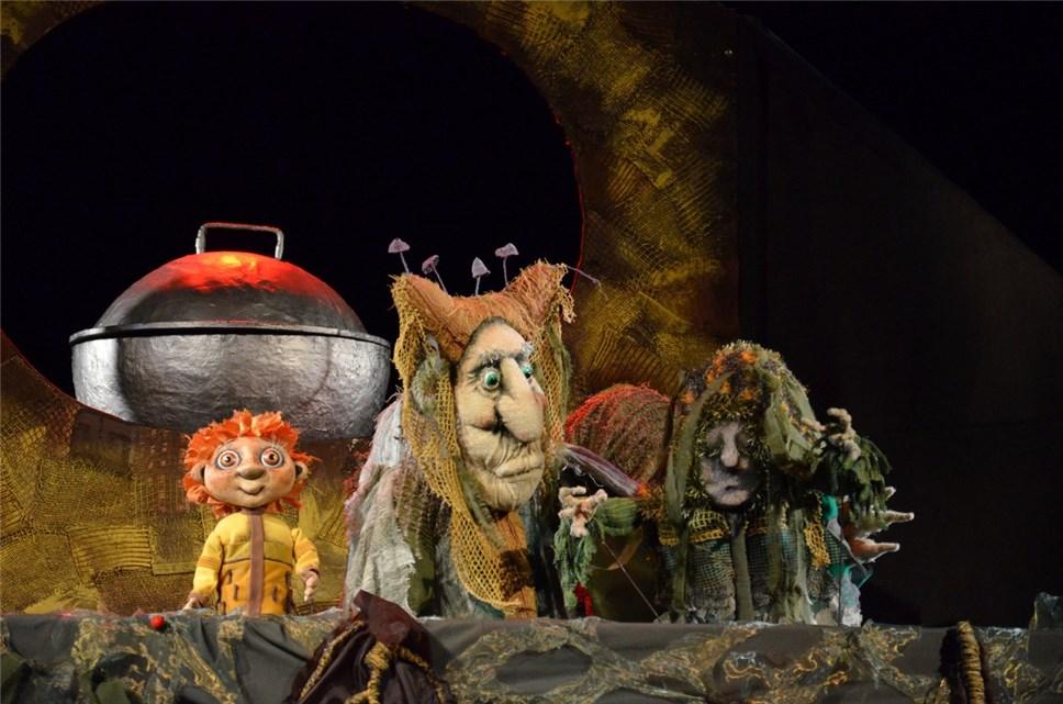 «Большие гастроли»: белгородские кукольники отправились в театральное путешествие