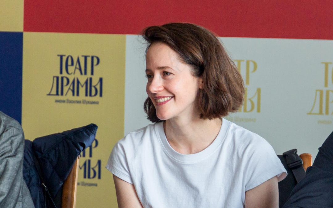 «Крупнейшие российские театры имеют возможность ездить со спектаклями в любой регион России»